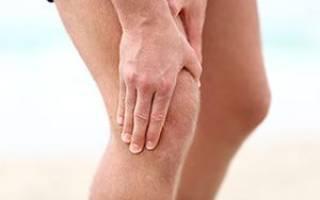 От чего болят суставы в коленях