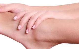 От чего болят суставы ног