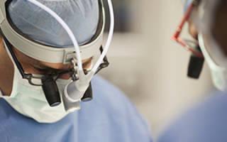 Стоит ли делать операцию на позвоночную грыжу в поясничном отделе