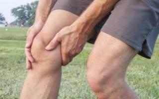 Жидкость в коленном суставе причины и лечение фото