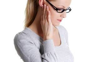 Болит сустав челюсти около уха